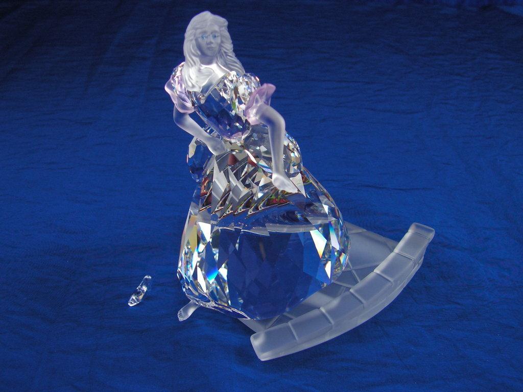 Figuras de cristal figura swarovski 255108 cenicienta - Figuras de cristal swarovski ...